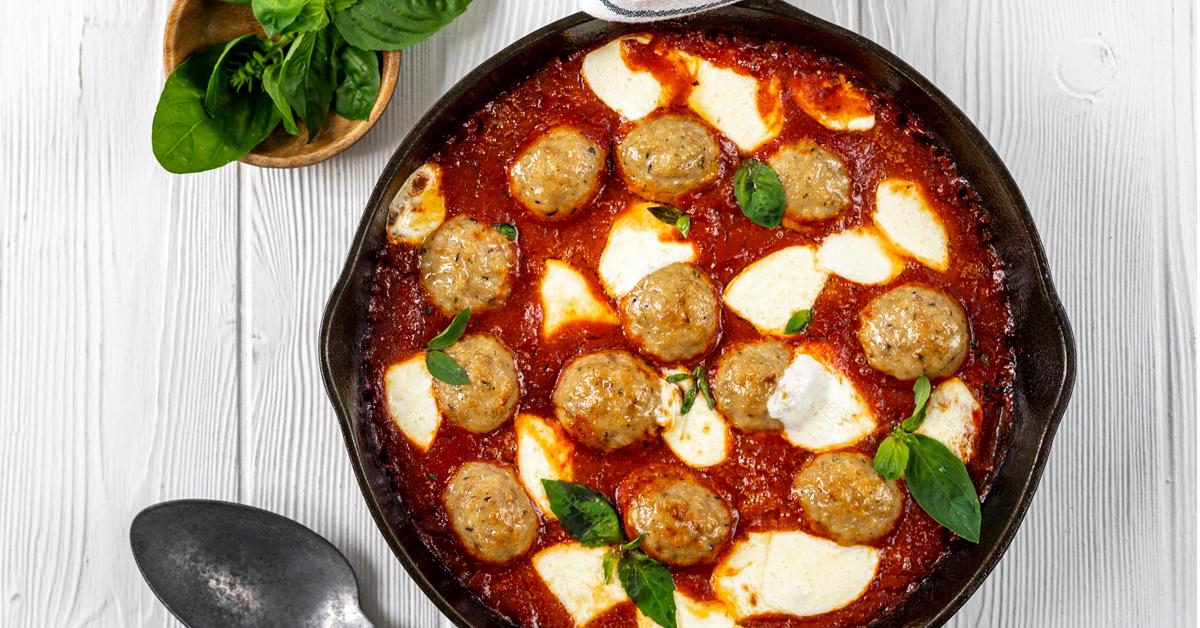 Skillet Meatballs with Marinara & Mozzarella - Bell & Evans